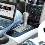 Will charging laptop in car drain the battery