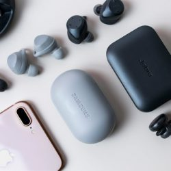 Best Bluetooth Earbuds For Small Ears 2020